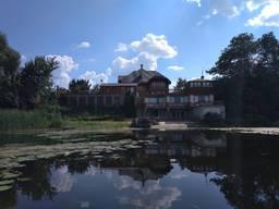 Дом Черкасская область с. Хрещатик - 500 кв. м.