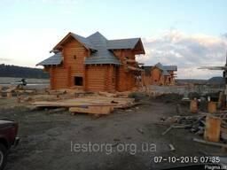 Дом из дикого сруба 190 куб. м.