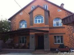 Дом с ремонтом на п. Жуковского