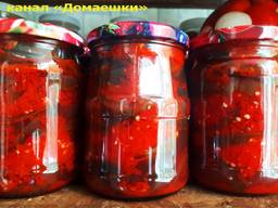 Домашняя консервация. Баклажаны, перец, маринованные помидоры и огурцы.