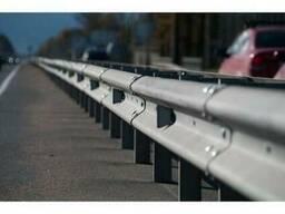 Дорожные ограждения металлические барьерного типа