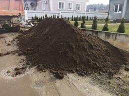 Доставка чернозема Киев. Купить грунт.