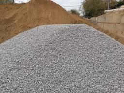 Доставка любых сыпучих материалов песок Щебень отсев земля