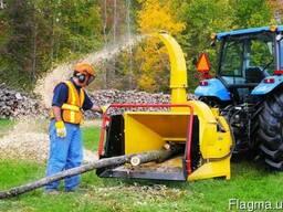 Дробилка дерева веток на щепу Измельчитель на трактор Канада