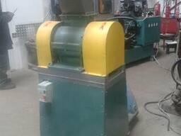 Дробилка для пластмасс мощностью 5 кВт