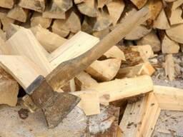 Дрова дубовые. Доставка колотых дров Киев.
