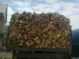 Дубовые колотые дрова в Боярке