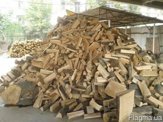 Дубовые колотые дрова Киев