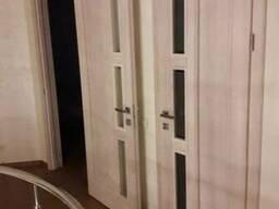 Двери из массива ольхи, ясеня. Ищем заказы серийные.