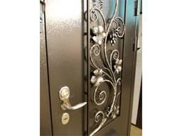 Двери металлические и кованые под заказ .