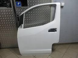 Двери передние левые Nissan NV200