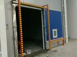Двери РГС к камерам хранения фруктов