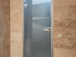 Двері скляні