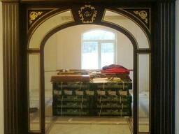 Дверные порталы, стеновые панели (элементы интерьера)
