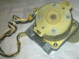 Двигатель шаговый ДШК ДВЭ3.183.001 (4х230 Ом, з/ч РП-160)