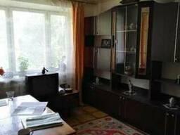 Двох кімнатну квартиру в центрі міста