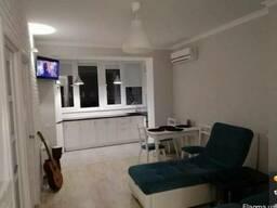 Двухкомнатная квартира с евроремонтом в ЖК Вернисаж