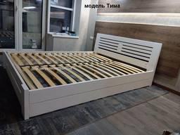 Двуспальная кровать из дерева. деревянная кровать в спальню