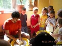 Экскурсия для школьников в мастерскую керамики С. Горбаня