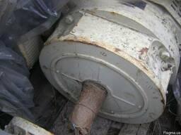 Эл. двигатель АН-92-6-ОМ5 N-37квт n-10000об/мин