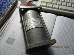 Электродвигатель 2АСМ-100 32Вт 110В 0, 180А 1280об.