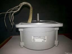 Электродвигатель 2ДСТР 135-1,8-136