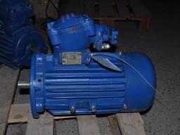 Электродвигатель 2В100S4 3квт 1500об фланец