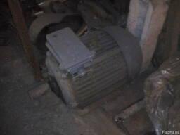 Электродвигатель 3-х фазный АМУ225М4 45/1500 М1081