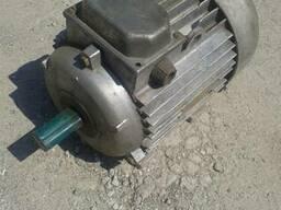 Электродвигатель 4 АМА100 5, 5/3000