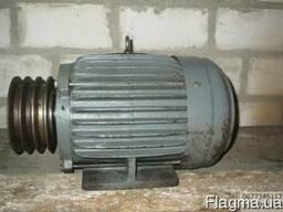 Электродвигатель 4 квт 1500об на лапах , мотор-редуктор 1, 5