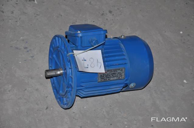 Электродвигатель 4АМ71А4 0,55квт 1360оборотов АИРМ71А4