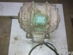Электродвигатель б/у - 1, 1кВт.