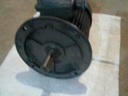 Электродвигатель електродвигун 4kw на 1000об. мин