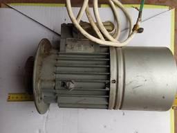 Электродвигатель MEZ MOHELNICE Czechoslovak фланцевый