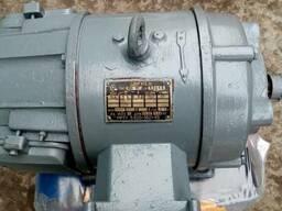 Электродвигатель П-22 после капитально ремонта.