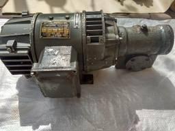 Электродвигатель постоянного тока П-12 с редуктором. Цена 3500 грн. 0, 45 кВт/1500 оборотов