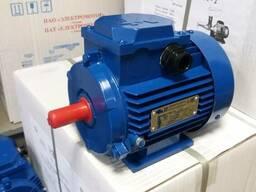 Электродвигатель трехфазный 3 квт 3000 об/мин новый