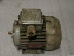 Электродвигатель4ААМ56А4У3 0, 7 кВт