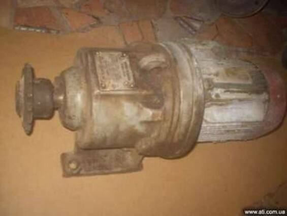 Електродвигун з редуктором до бетонозмішувача 0,25 м. куб.