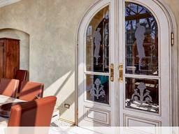 Элитные входные двери Segreto: бронированные стеклянные и ал