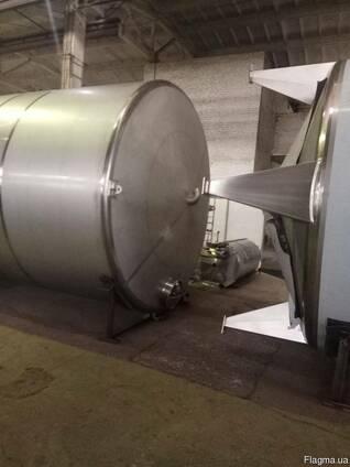Емкость /бочка 50м3. из пищевой нержавеющей стали