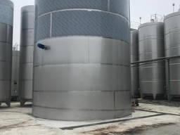 Емкость из нержавеющей стали (AISI304) обьемом 300м3