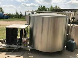 Емкость нержавейка 2м3. охладитель для воды и молока. Италия