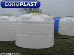 Продажа пластиковых емкостей для воды 1000, 2000, 5000 объем