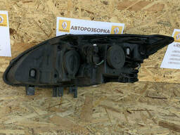 Фара передня права Renault Laguna 3 07-11р. (передня права Рено Лагуна)