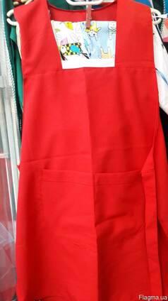 Фартук -накидка продавца красного цвета