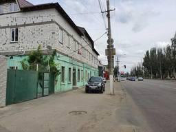 Фасадный имущественный комплекс на участке 29 соток