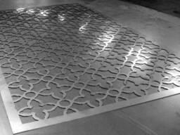 Фигурная лазерная резка листового металла.