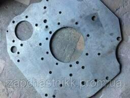 Фланец переходной (плита) с ТНВД ЯМЗ-236 на СМД-60