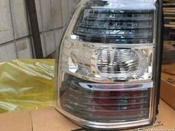 Фонарь на mitsubishi pajero wagon 4, паджеро вагон фонари